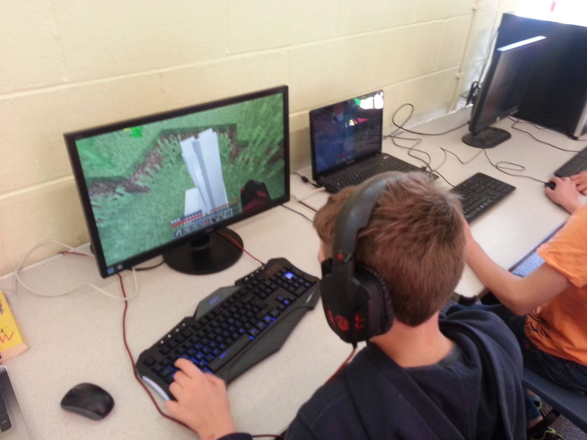 MINECRAFT!!!!    What a fabulous way to start the half term week - being allowed...